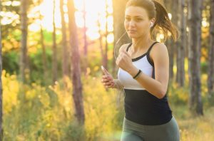 returning to fitness routine after pregnancy tips jogging