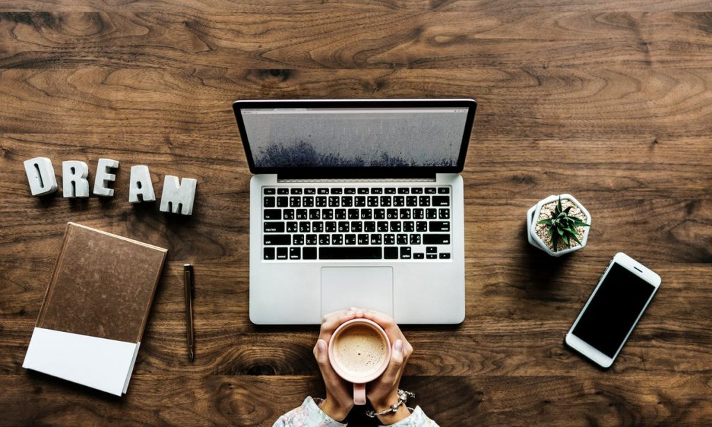 mum working from home - organise yourself