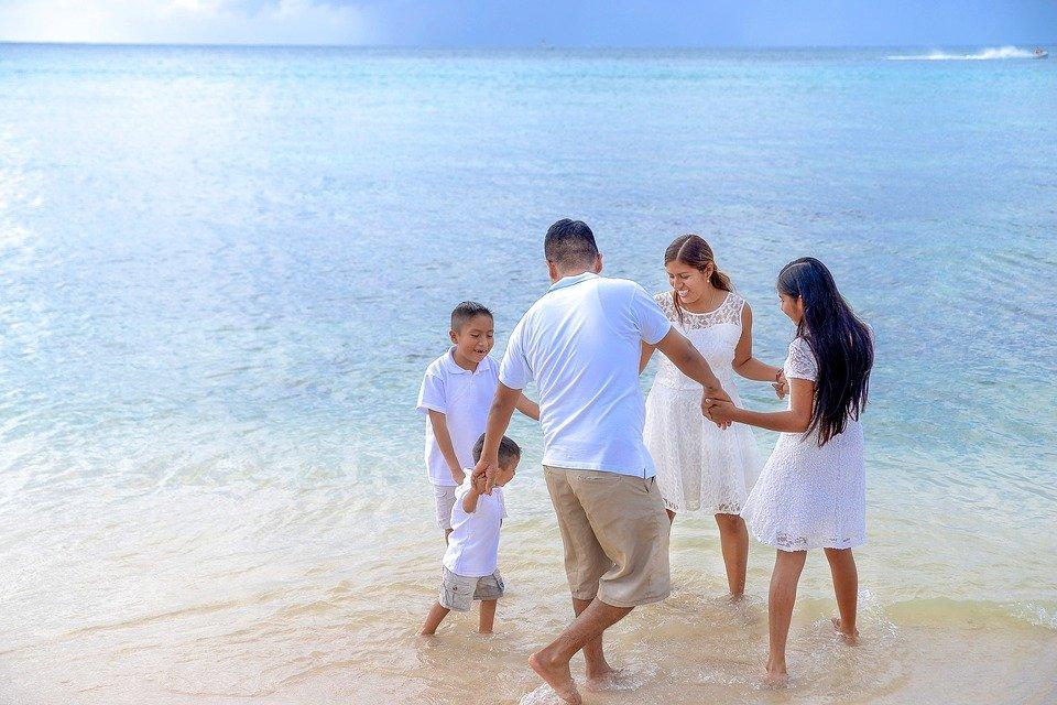 family vacation organisation tips