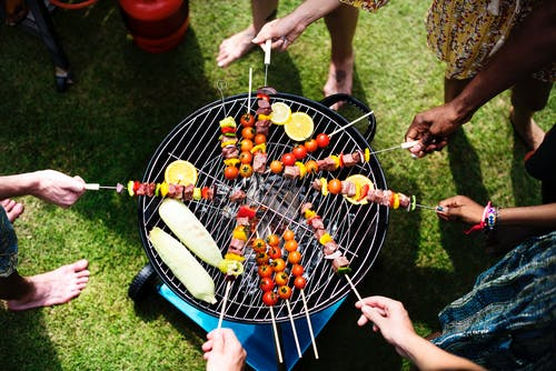 How to make sure you have tasty well cooked food when you barbecue.