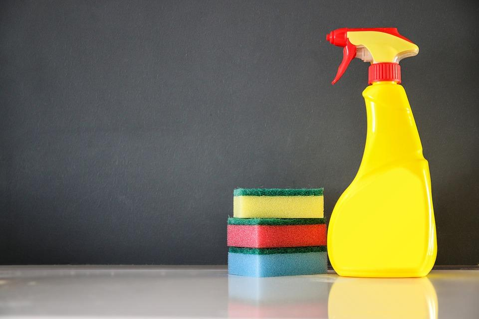10 cleaning hacks that will cost you pennies