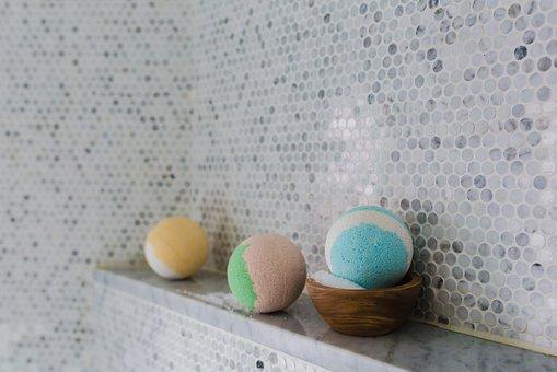 Ways to create a cosy spa bathroom