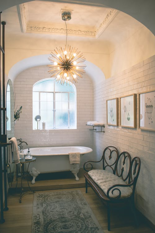look at the materials you will be using in your eclectic bathroom design