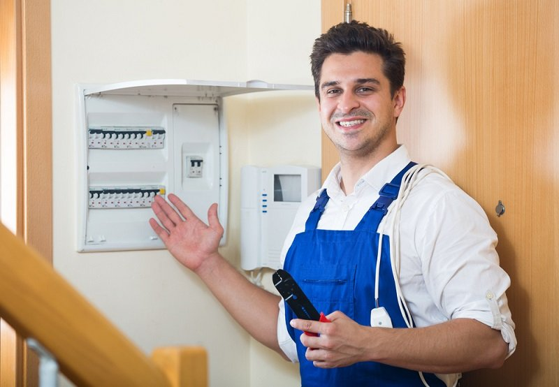 benefits of hiring professional electrician services
