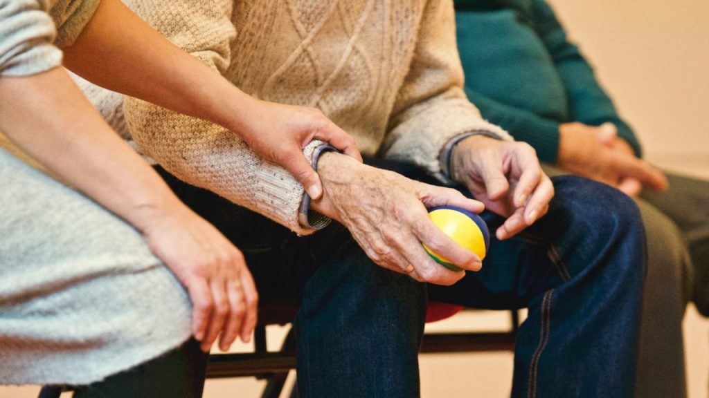 5 Great things you can do for your elderly parents