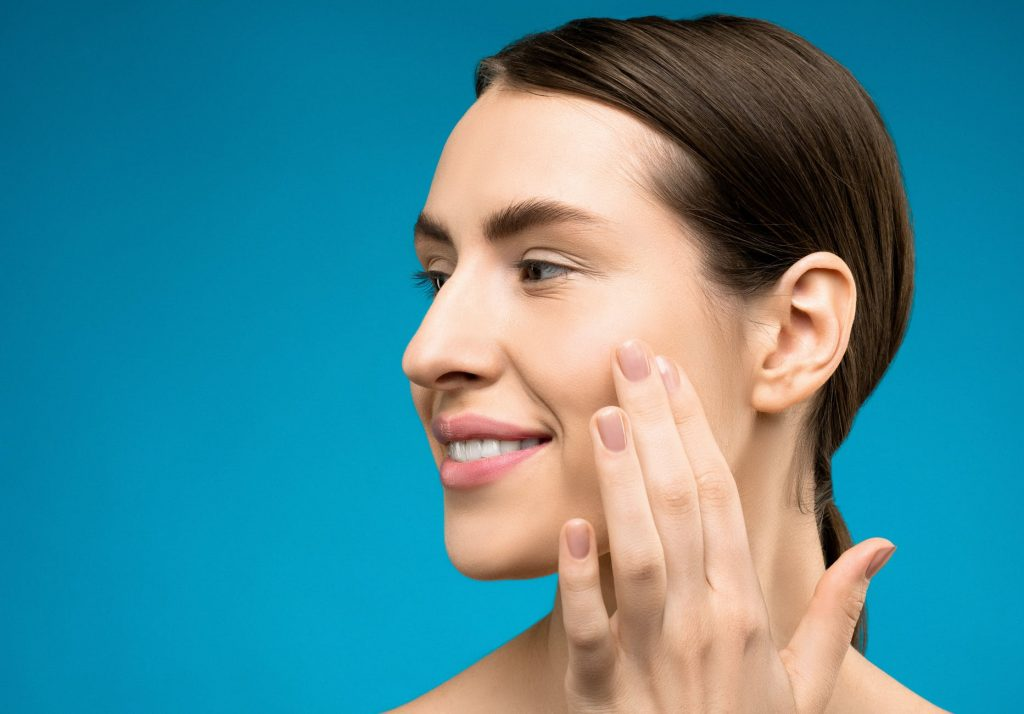 Look Young Again - 11 Skincare Tips For The Lady In Her 40s